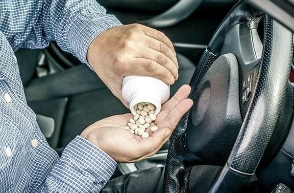 Thận trọng khi dùng thuốc Tiffy Dey ở người lái xe vận hành máy móc