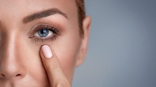 chăm sóc da vùng mắt