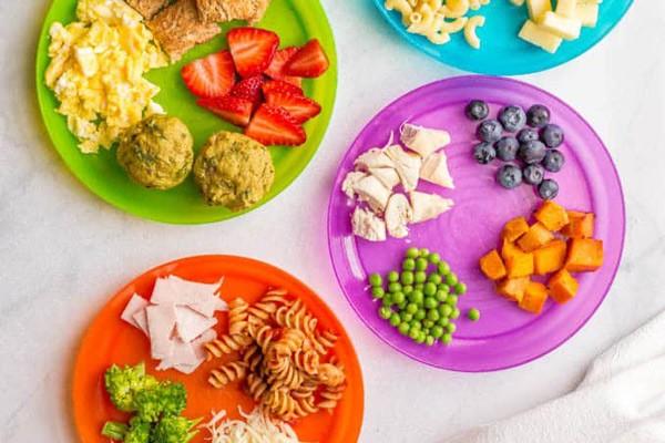 Dinh dưỡng cho trẻ 2 tuổi: bữa sáng gợi ý