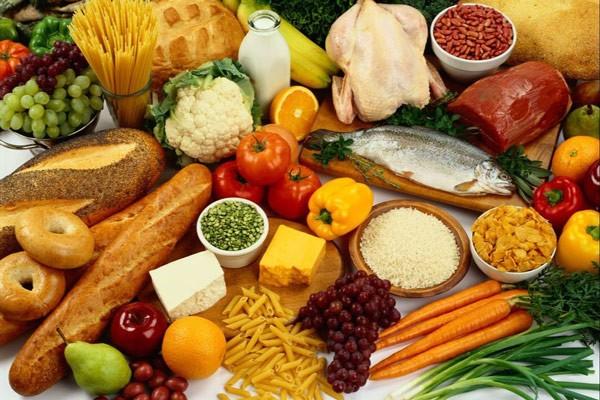 Phụ huynh nên tuân thủ chỉ tiêu dinh dưỡng cho trẻ 2 tuổi
