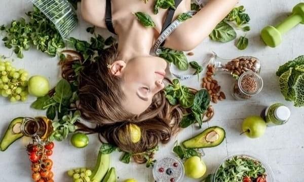 Kết hợp dùng thuốc hỗ trợ và chế độ ăn uống lành mạnh để đạt hiệu quả tốt nhất