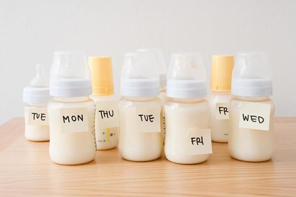 Hãy đảm bảo mẹ đã biết cách bảo quản sữa