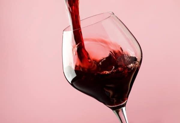 Rượu vang đỏ thực phẩm giúp tăng cường sinh lý nam giới