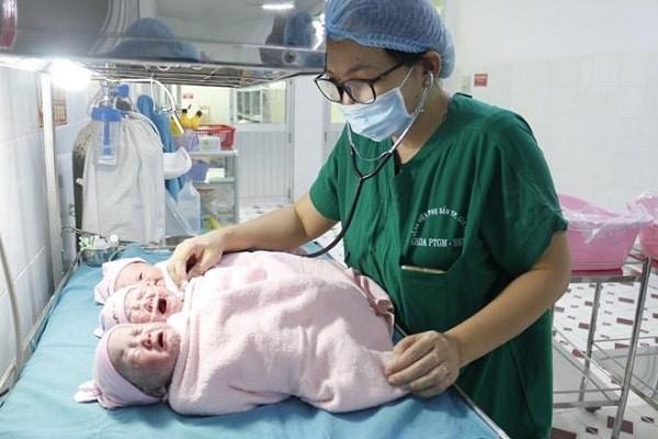 Sinh mổ do đa thai