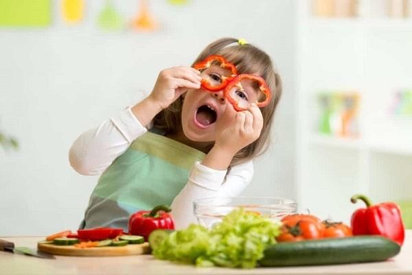 Dinh dưỡng góp phần quan trọng cho sự phát triển của trẻ