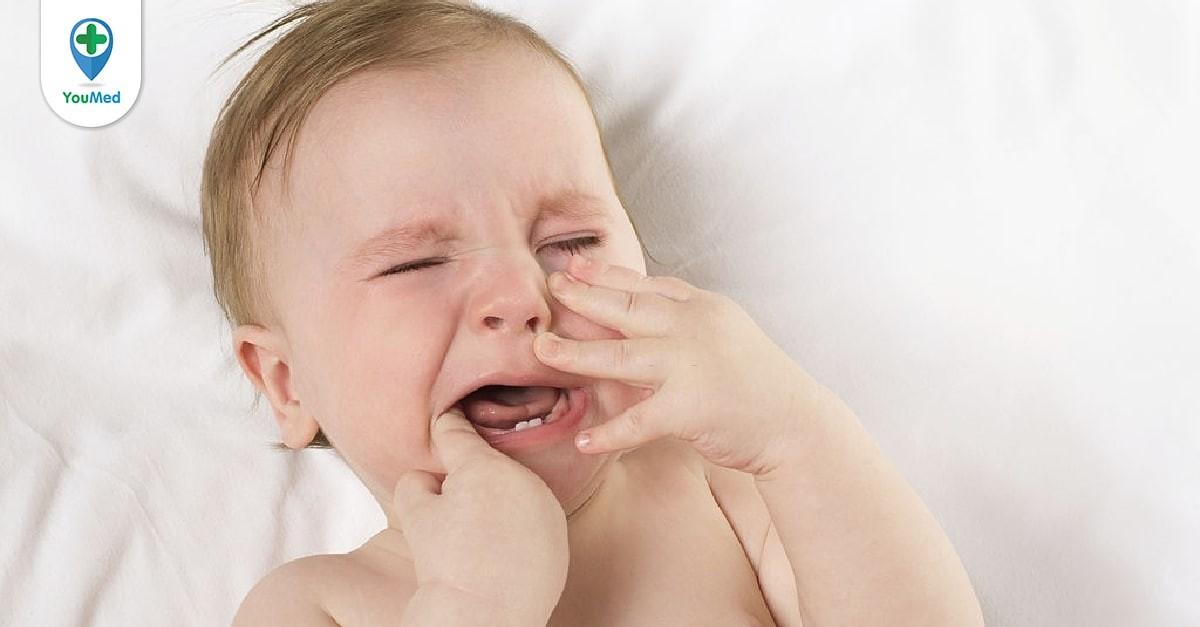 Trẻ sốt mọc răng phải xử trí như thế nào?