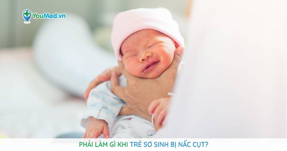 Phải làm gì khi trẻ sơ sinh bị nấc cụt?