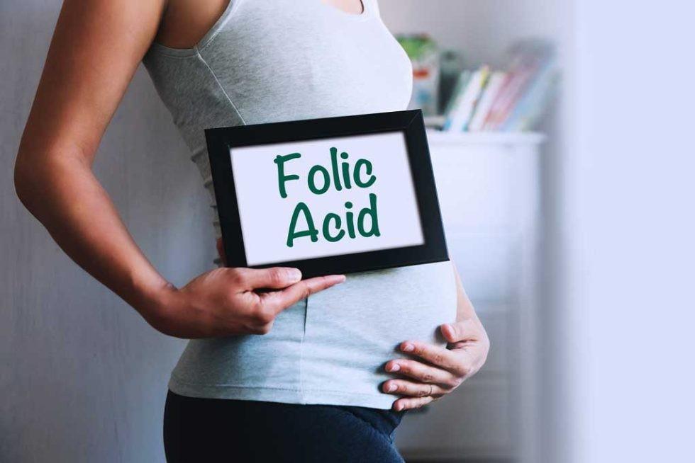 Phụ nữ mang thai cần bổ sung Axit folic