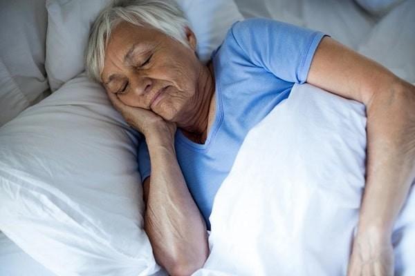 Người già, mắc bệnh mạn tính hay suy giảm miễn dịch có khả năng bị bệnh do liên cầu