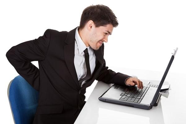Nhân viên văn phòng rất dễ mắc các bệnh cơ xương khớp