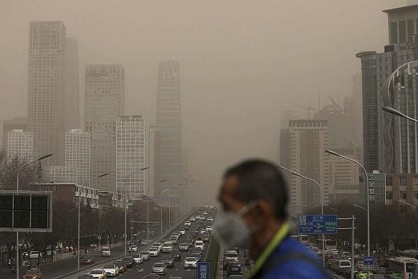 Ô nhiễm không khí cũng có thể khởi phát cơn hen