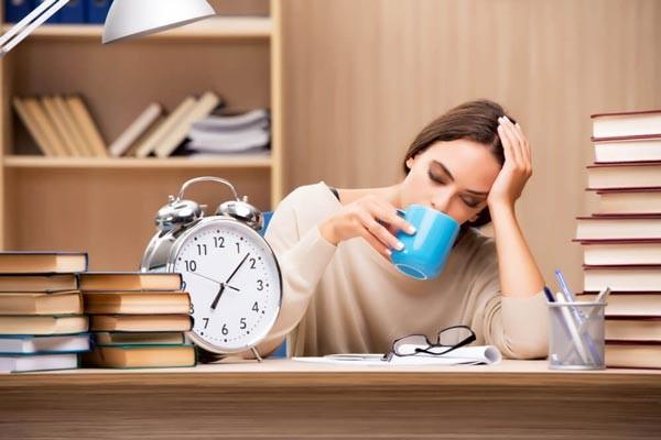 Simvastatin có thể gây mất ngủ