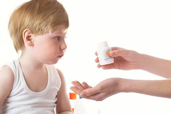 Cần cân nhắc cẩn thận khi bổ sung khoáng chất và vitamin cho trẻ