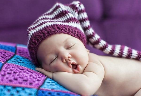 Ngủ ngáy thường gặp ở trẻ sơ sinh và thường không phải là một vấn đề nghiêm trọng