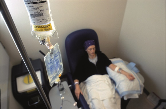 Hóa trị là một trong các phương pháp điều trị u lympho không Hodgkin