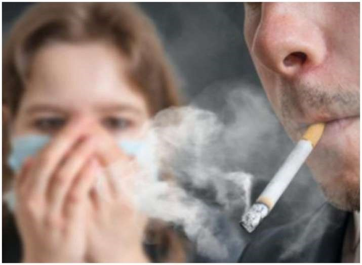 Tránh các chất kích ứng như khói thuốc lá.