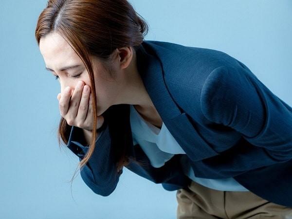 Buồn nôn có thể là biểu hiện của viêm gan do độc chất