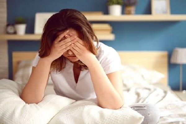 Mệt mỏi thường xuyên là một trong những dấu hiệu thường gặp của hội chứng Cushing