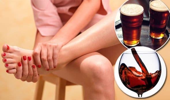 Người mắc bệnh Gout nên hạn chế bia, rượu