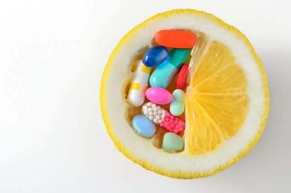 Ngoài thực phẩm, bạn có thể dùng thêm thuốc có canxi.