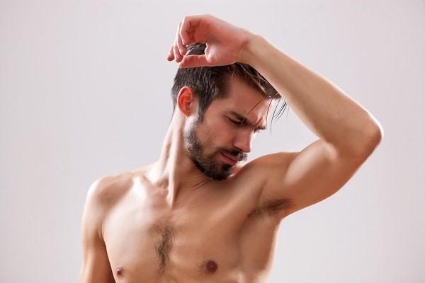 Tẩy lông nách ở nam giới