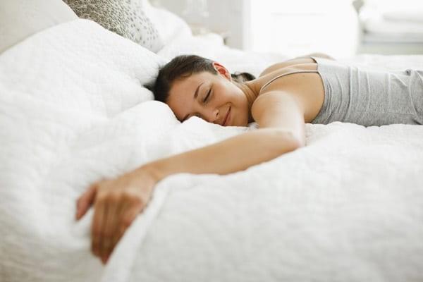 Cải thiện giấc ngủ là một trong những tác dụng của dược liệu