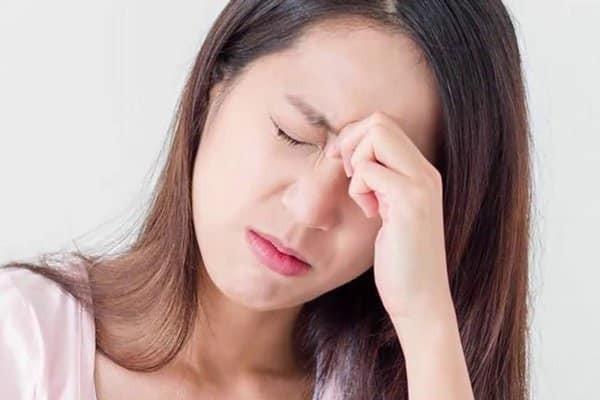 Bạn có thể cảm giác mệt mỏi, nhức đầu khi bổ sung DHEA