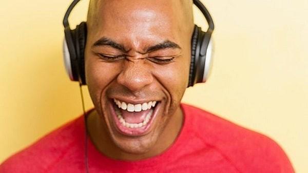 giọng nói thay đổi do lạm dụng giọng quá mức