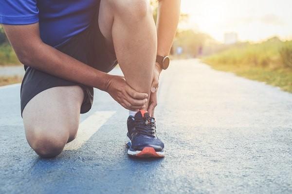 Viêm gân Achilles là chấn thương thường gặp nhất ở những người chạy bộ