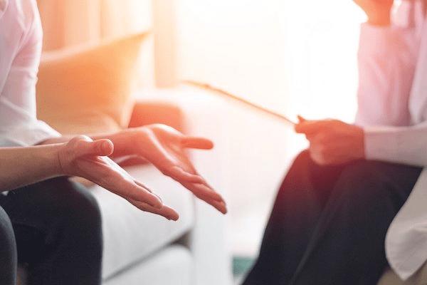 Tâm lý trị liệu giúp người bệnh tin tưởng người khác