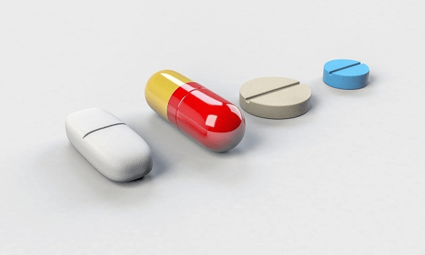 Thuốc điều trị bệnh gồm thuốc chống trầm cảm và chống loạn thần