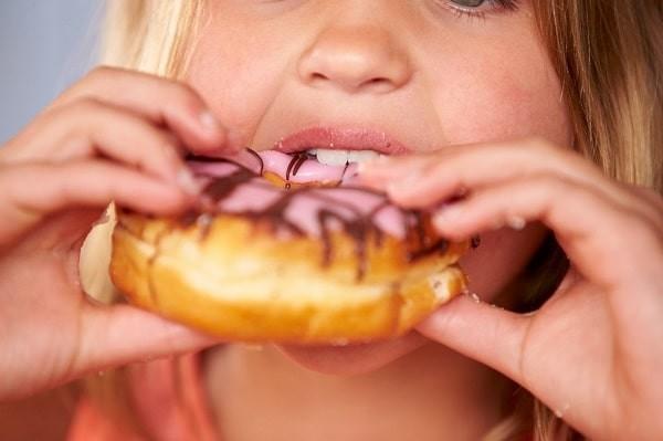 Trẻ luôn thấy thèm ăn và ăn rất nhiều