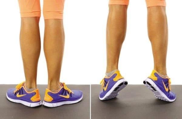 Vận động nhẹ nhàng, đi bộ sẽ giúp cải thiện triệu chứng giãn tĩnh mạch.