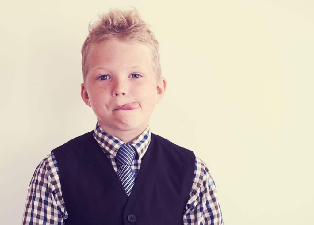 Liếm môi là một trong những triệu chứng của cơn động kinh