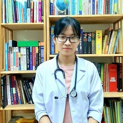 Bác sĩ Huỳnh Nguyễn Uyên Tâm