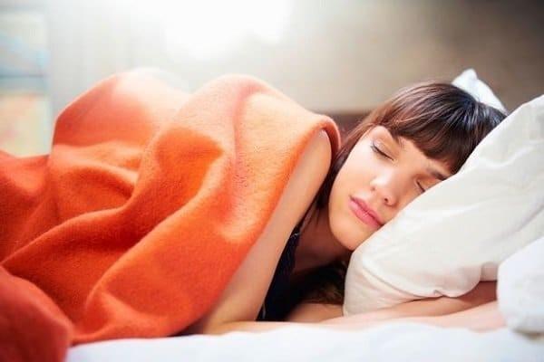 Chỉnh nhiệt độ thích hợp khi ngủ