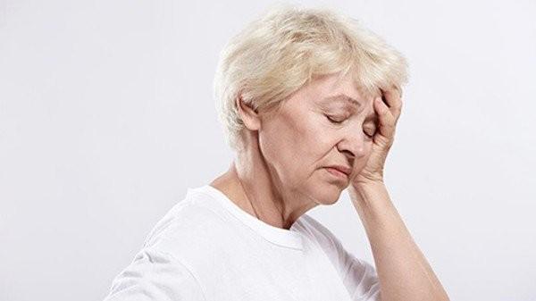 Dopegyt có thể gây ra tình trạng ngất ở người cao tuổi nếu dùng quá liều