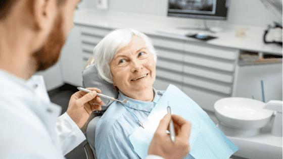 bệnh răng miệng ở người già