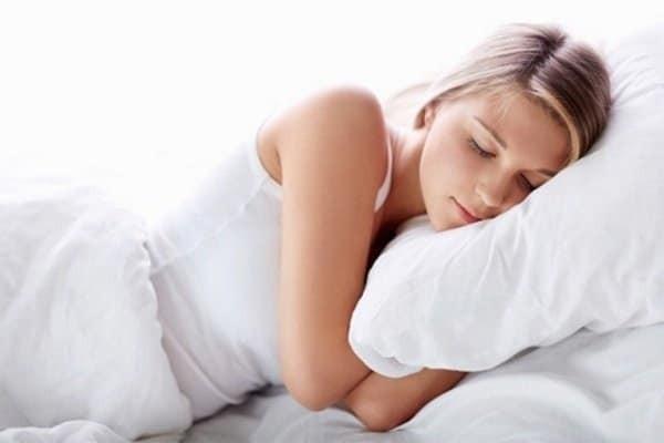 Dọa sẩy thai là nguyên nhân gây xuất huyết thường gặp. Mẹ bầu cần nghỉ ngơi