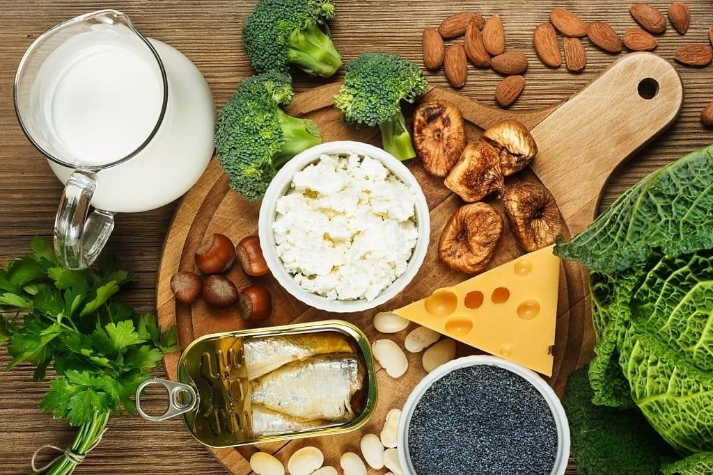 Bổ sung thực phẩm giàu canxi vào thực đơn hằng ngày