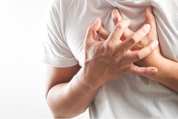 Đau nhói vùng ngực