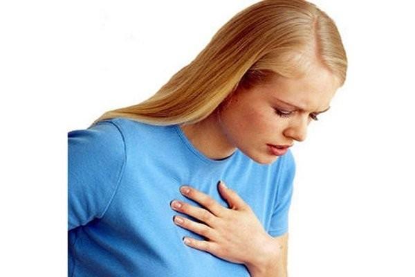Khó thở - uống thuốc tránh thai bị ra máu
