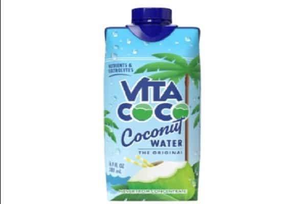 Nước dừa đóng hộp - uống nước dừa có tốt không