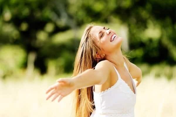 Nên sống vui vẻ, lạc quan sau khi sẩy thai do thai trứng rỗng