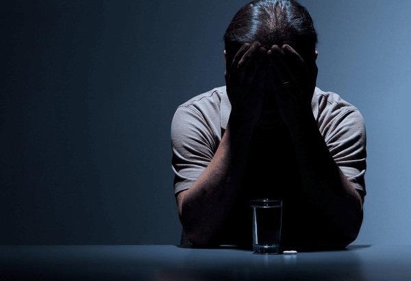 Trầm cảm liên quan đến bệnh Huntington có thể làm tăng nguy cơ tự tử