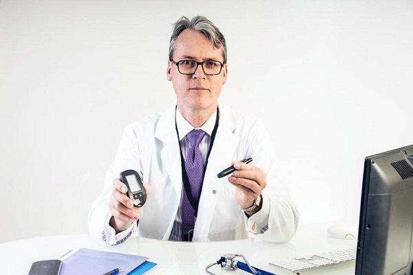 Bác sĩ chuyên khoa Nội tiết