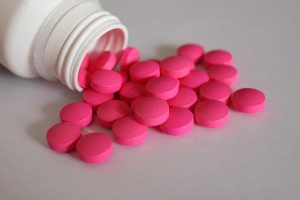 dùng thuốc giảm đau
