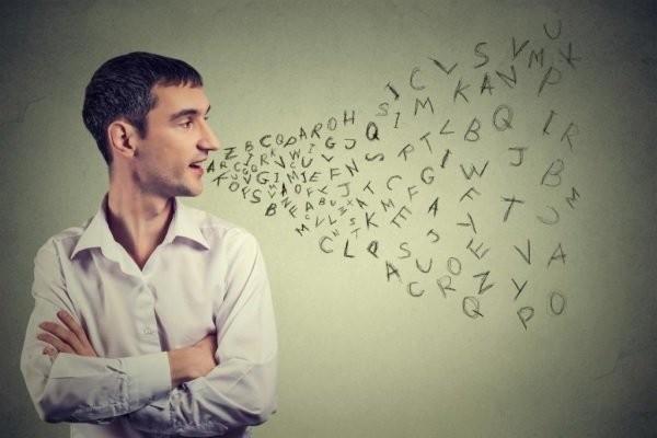 Chứng loạn ngôn ngữ Dysarthria có thể gặp ở cả người lớn và trẻ em