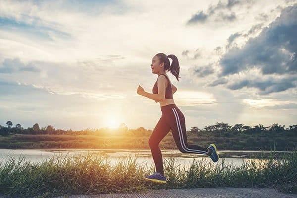 Đi bộ là phương pháp luyện tập tốt cho tim mạch