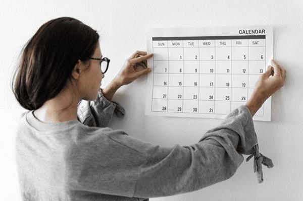 Ghi chép chính các chu kỳ kinh để tính ngày an toàn khi quan hệ